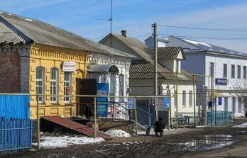 <!--:ru-->Воронежская область: 63 мигранта из Молдовы проживают в Доме культуры<!--:-->