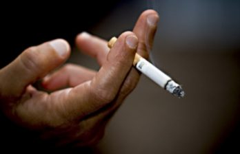<!--:ru-->Курение отца повышает риск развития астмы у ребенка<!--:-->
