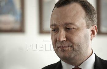 <!--:ru-->Генпрокурор: Для молдаван взятка пока остаётся основным средством решения проблем<!--:-->