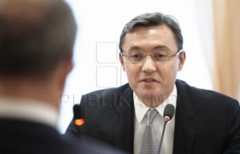 <!--:ru-->Игорь Корман обсудил законодательные приоритеты самой короткой сессии нынешнего созыва с лидерами фракций и главами постоянных комиссий<!--:-->