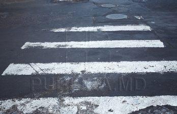 <!--:ru-->Для учеников столичного лицея переход улицы - это настоящее испытание<!--:-->