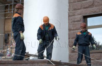 <!--:ru-->Более трёх часов сотрудники строительной инспекции пытались попасть на одну из столичных строек <!--:-->