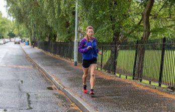 <!--:ru-->Британка пробежала 35 марафонов за 35 дней<!--:-->