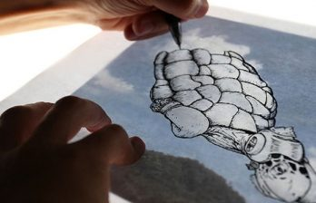 <!--:ru-->Испанский художник рисует картины на облаках (ФОТО)<!--:-->