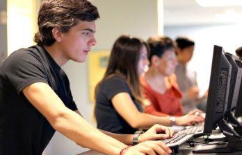 <!--:ru-->Студенты некоторых вузов страны могут закрепить учебный материал, решая онлайн-тесты<!--:-->