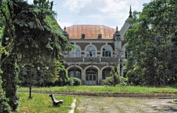 <!--:ru-->Восстановление усадьбы помещика Поммера в Цаульском парке близится к завершению<!--:-->