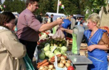 <!--:ru-->Кишиневские сельхозярмарки пустуют: не все хотят торговать на импровизированных рынках<!--:-->