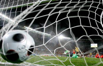 <!--:ru-->Отборочный матч ЧЕ между сборными Сербии и Албании отменен из-за беспорядков<!--:-->