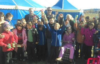 <!--:ru-->Дети с ограниченными возможностями побывали в цирке<!--:-->