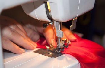 <!--:ru-->Девушка из Дубоссарского района при поддержке европейских доноров открыла швейную мастерскую<!--:-->