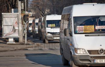 <!--:ru-->Водители маршруток говорят, что понесут убытки из-за реорганизации общественного транспорта<!--:-->
