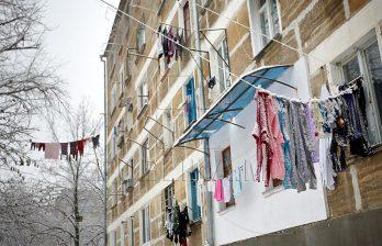 <!--:ru-->Из-за соседей-должников десятки семей из Бельц мерзнут в своих квартирах<!--:-->