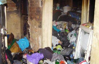 <!--:ru-->Тонны отходов обнаружили столичные власти в квартире пенсионерки <!--:-->