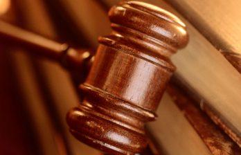 <!--:ru-->Дело об ограблении инкассаторов: обвиняемые пытаются переложить ответственность на пострадавших<!--:-->
