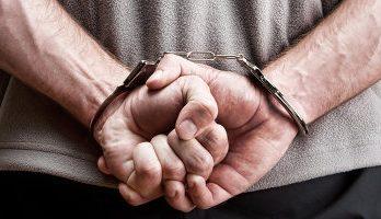 <!--:ru-->Двое участковых из Шолданешт задержаны по подозрению в извлечении выгоды из влияния<!--:-->