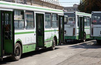 <!--:ru-->В Кишиневе ежедневно приходится снимать с маршрута каждый второй автобус <!--:-->