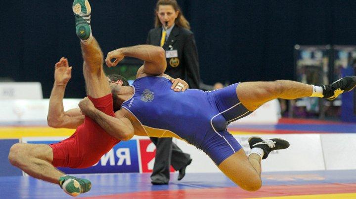 Молдавский борец вольного стиля Петр Янулов в шаге от золотой медали чемпионата Европы