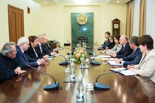 Премьер Павел Филип провел встречу с руководством АНМ
