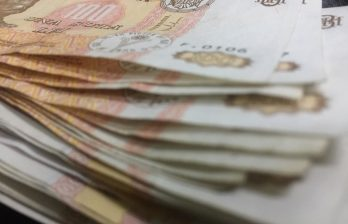 Тысячи пенсионеров получили единовременную помощь к Пасхе