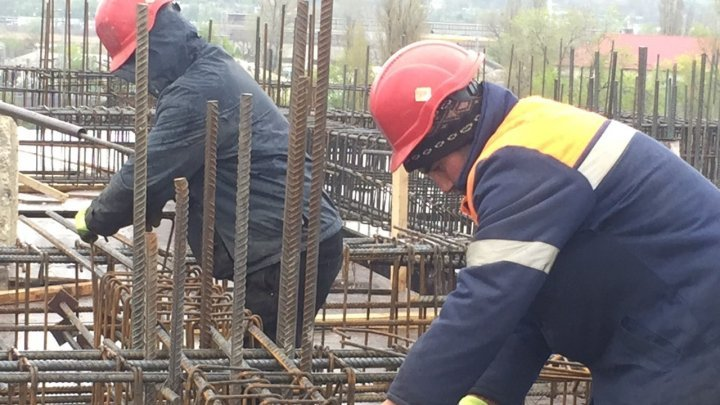 В Кишиневе на стройке задержали шестерых гастарбайтеров-нелегалов из Азербайджана