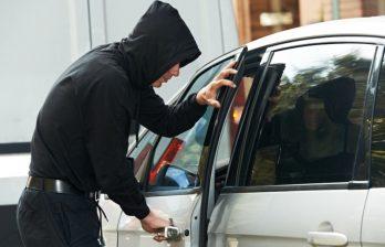 Ограбление в Бельцах - мужчина лишился машины, телефона и денег!