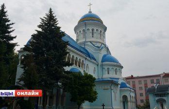В соборе святых Константина и Елены прошла праздничная литургия