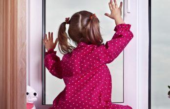 Трёхлетняя девочка упала со второго этажа - она доставлена в Бельцы