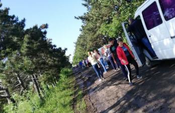 Десятки автомобилей оказались заблокированы в селе Стурзовка