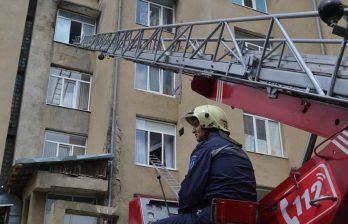 (ФОТО) Пожар в детской больнице - учения в Бельцах