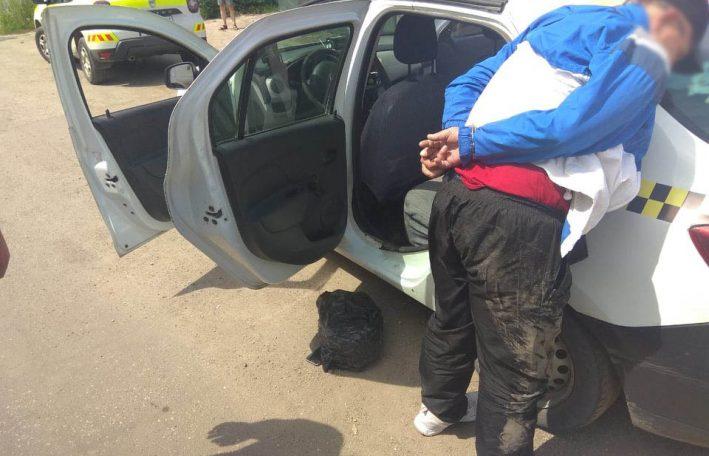 (ФОТО) Марихуаны на 5 кг и 1,5 тонны спирта - в Бельцах полиция провела несколько спецопераций