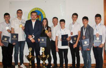 Десять молдавских кикбоксеров стали призерами чемпионата Европы