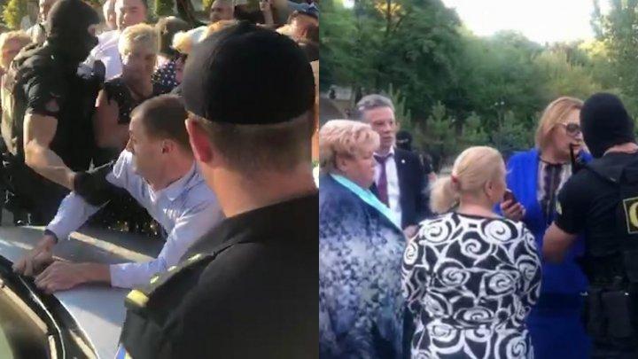 В домах Регины Апостоловой и Марины Таубер прошли обыски