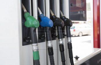 В Молдове подешевели бензин и дизельное топливо
