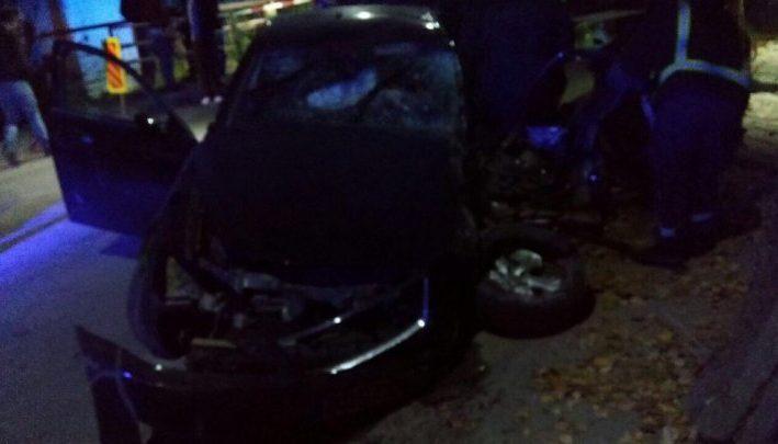 Авария в Бельцах - четыре молодых человека попали в больницу