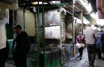 На рынке в Бельцах ночью произошёл пожар: выгорели не менее пяти торговых точек