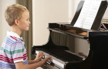 (ВИДЕО) Колледжу музыки и педагогики в Бельцах исполнилось 50 лет с момента создания!