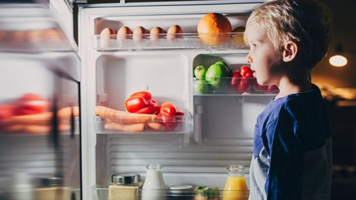 Медленно и незаметно: диетологи перечислили продукты, отравляющие организм человека