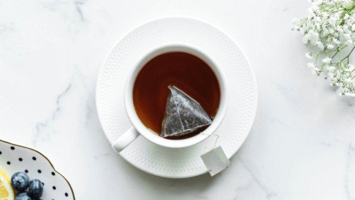 Назван правильный способ заварки чая