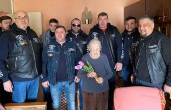 (ФОТО) Байкеры поздравили бельцких ветеранов с 23 февраля