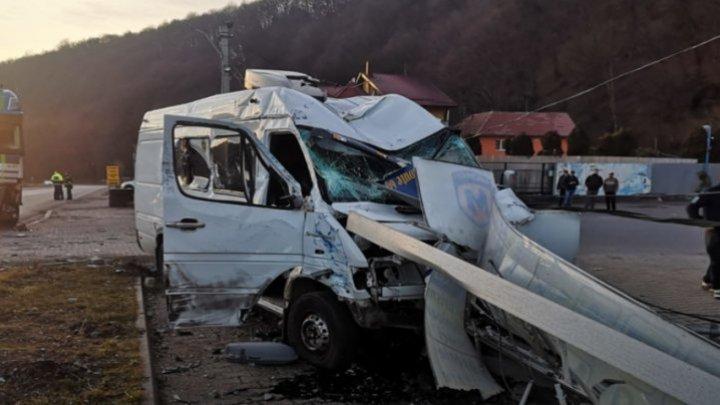 В Румынии в ДТП попал микроавтобус с гражданами Молдовы (ФОТО)