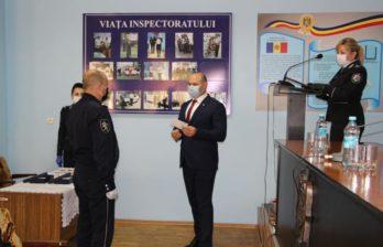 (ФОТО) Бельцких полицейских отметил наградами министр МВД Молдовы Павел Войку