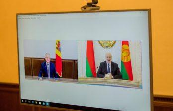 (ВИДЕО) Додон с Лукашенко обсудили даты проведения 9 Мая в Молдове и Беларуси