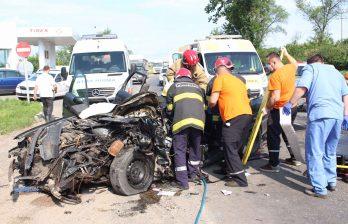 (ВИДЕО/ФОТО) Страшная авария на объездной в Бельцах