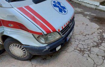 Девочка, сбитая машиной скорой помощи в Бельцах, выписана