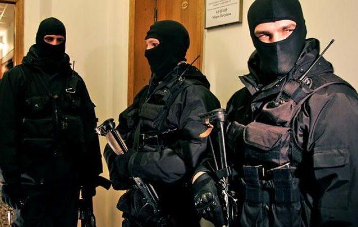 Офицеры ПБОПОД нагрянули с обысками в здание ДПМ