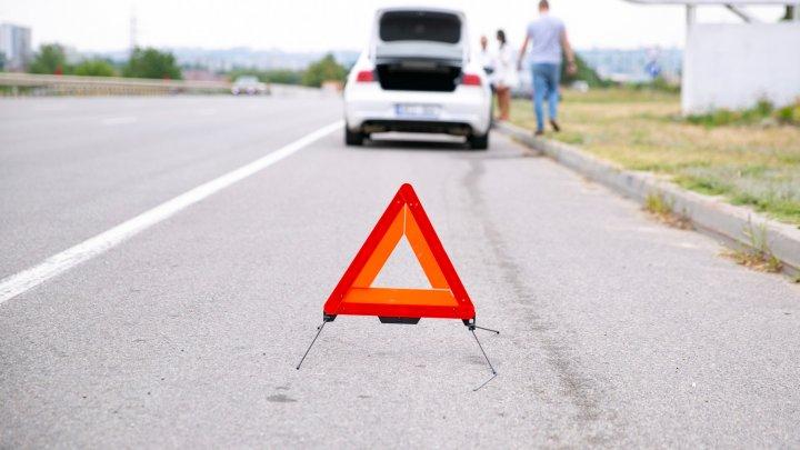 Однажды... в Молдове. Водитель намеренно несколько раз наехал на трех человек