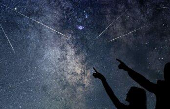 Впервые дни 2021 года жители Земли смогут увидеть яркий звездопад— онпрольется вночь со2 на3января.