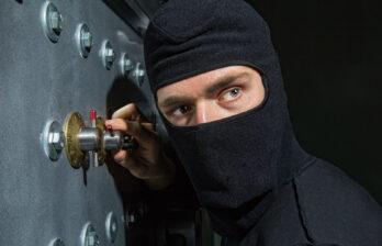 Молдавские рабочие подозреваются в краже у российского миллионера 600 000 долларов