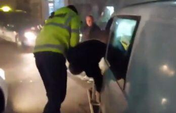 (18+) Пьяный водитель в Бельцах снёс ограждение у дороги и повредил несколько авто - 06/01/2021