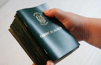 Информацию из отсканированных трудовых книжек можно получить на сайте НКСС